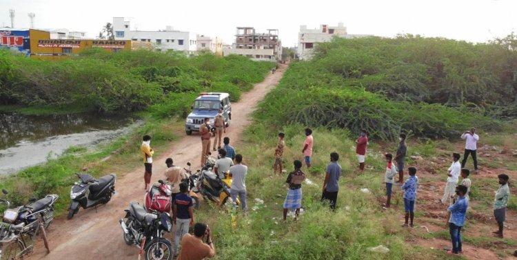கிரிக்கெட் விளையாடிய இளைஞர்களை ட்ரோன் மூலம் மடக்கிப்பிடித்த போலீசார்...