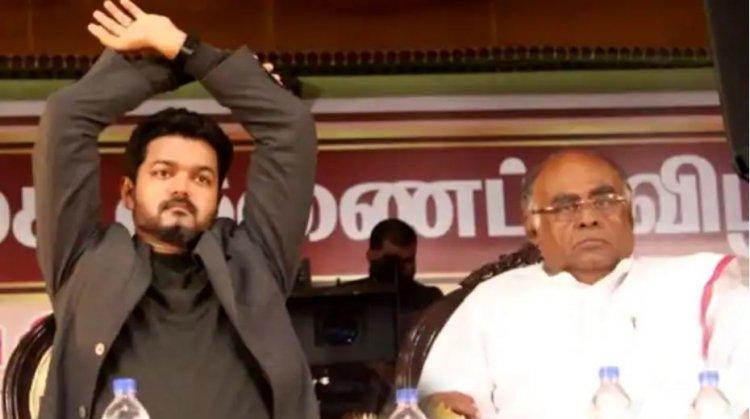 உள்ளாட்சி தேர்தல்....50 க்கும் மேற்பட்ட இடங்களை கைப்பற்றி விஜய் மக்கள் இயக்கத்தினர் அசத்தல்